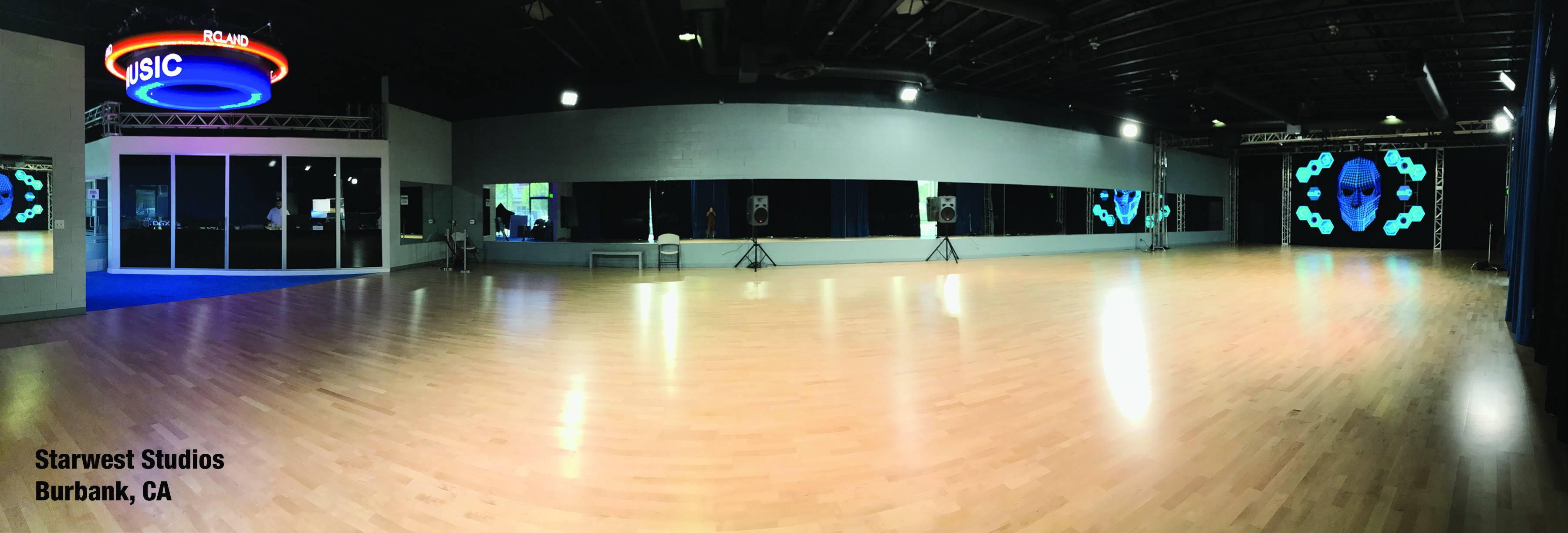 A Floating Subfloor With A Real Hardwood Surface Stagestep